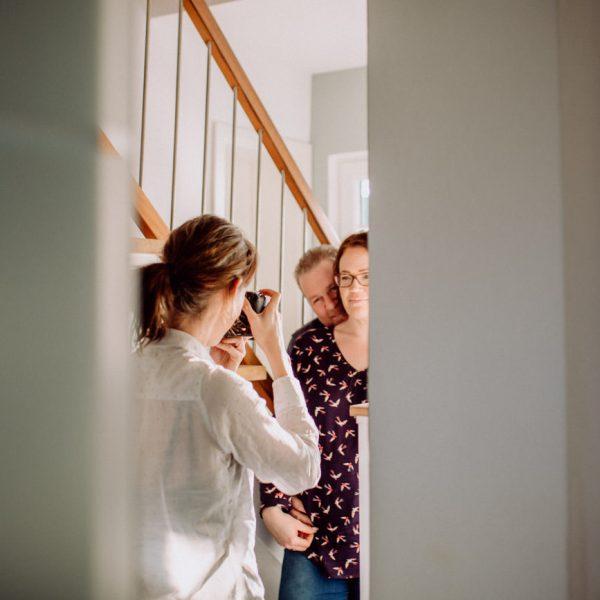 Making-of-homestory- KatharinaZwerger-Pinetree-photgraphy-hochzeitsfotograf-darmstadt-familienfotograf-frankfurt-paarshooting-mainz-rheingau-taunus-paarfotografie-verlobungsshooting-wiesbaden