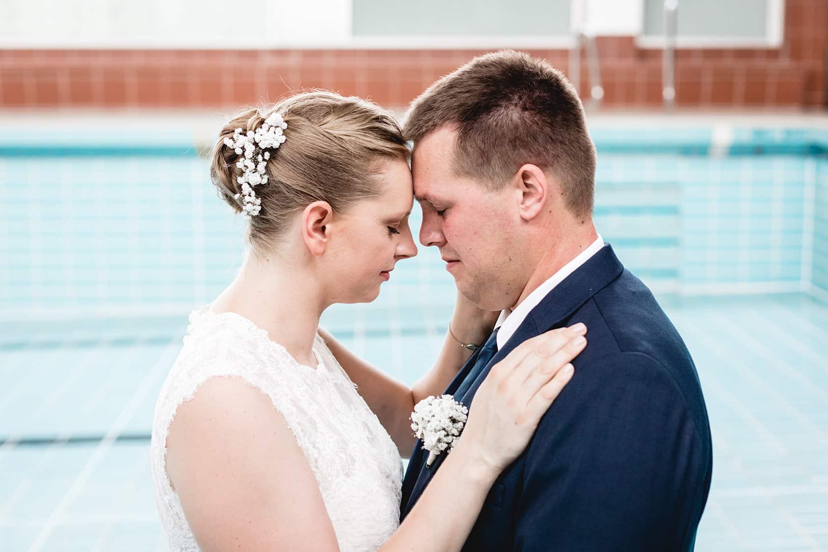 Brautpaarshooting im Hallenbad von Dieburg