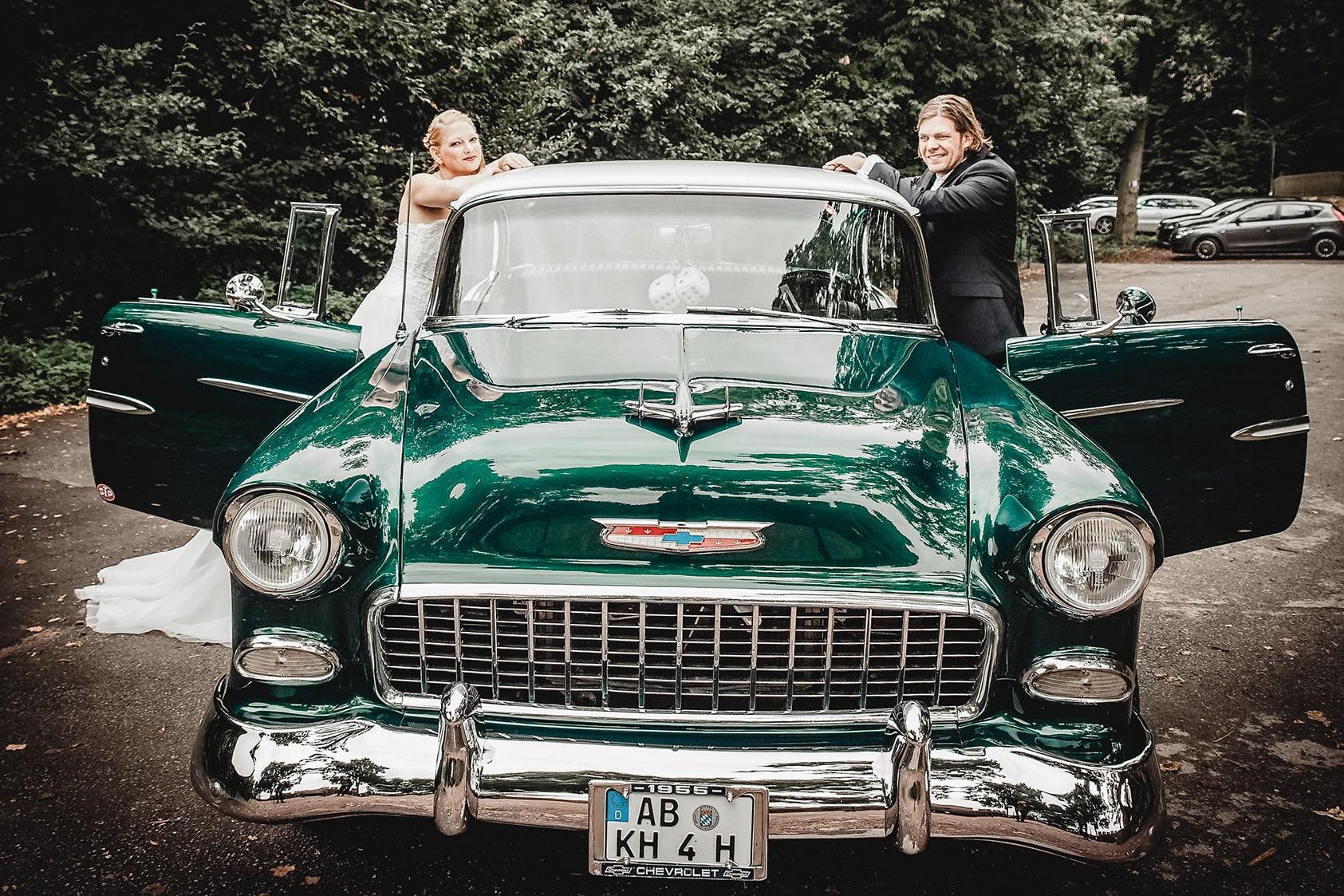 Hochzeitsreportage-Darmstadt-HeirateninDarmstadt-brautpaarshooting-katharinaschwerber-katharinazwerger-pinetreephotography-vintage-wedding-hochzeitsfotografv