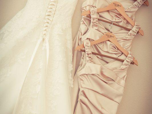 Hochzeitsreportage-Darmstadt-Iranische-Hochzeit-Orangerie-Darmstadt-Mathildenplatz-Paarshooting-Brautfotografie-getting-ready