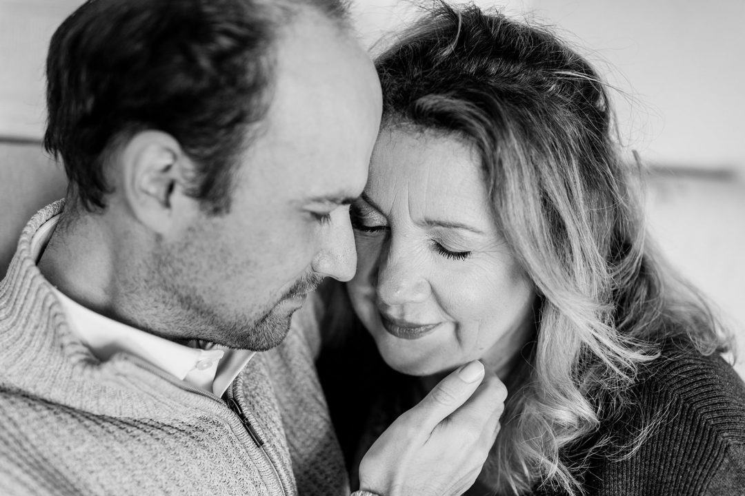 Homestory-Paarshooting-Darmstadt-Katharina-Zwerger-Pinetree-Photography-Hochzeitsfotograf-Familienfotograf