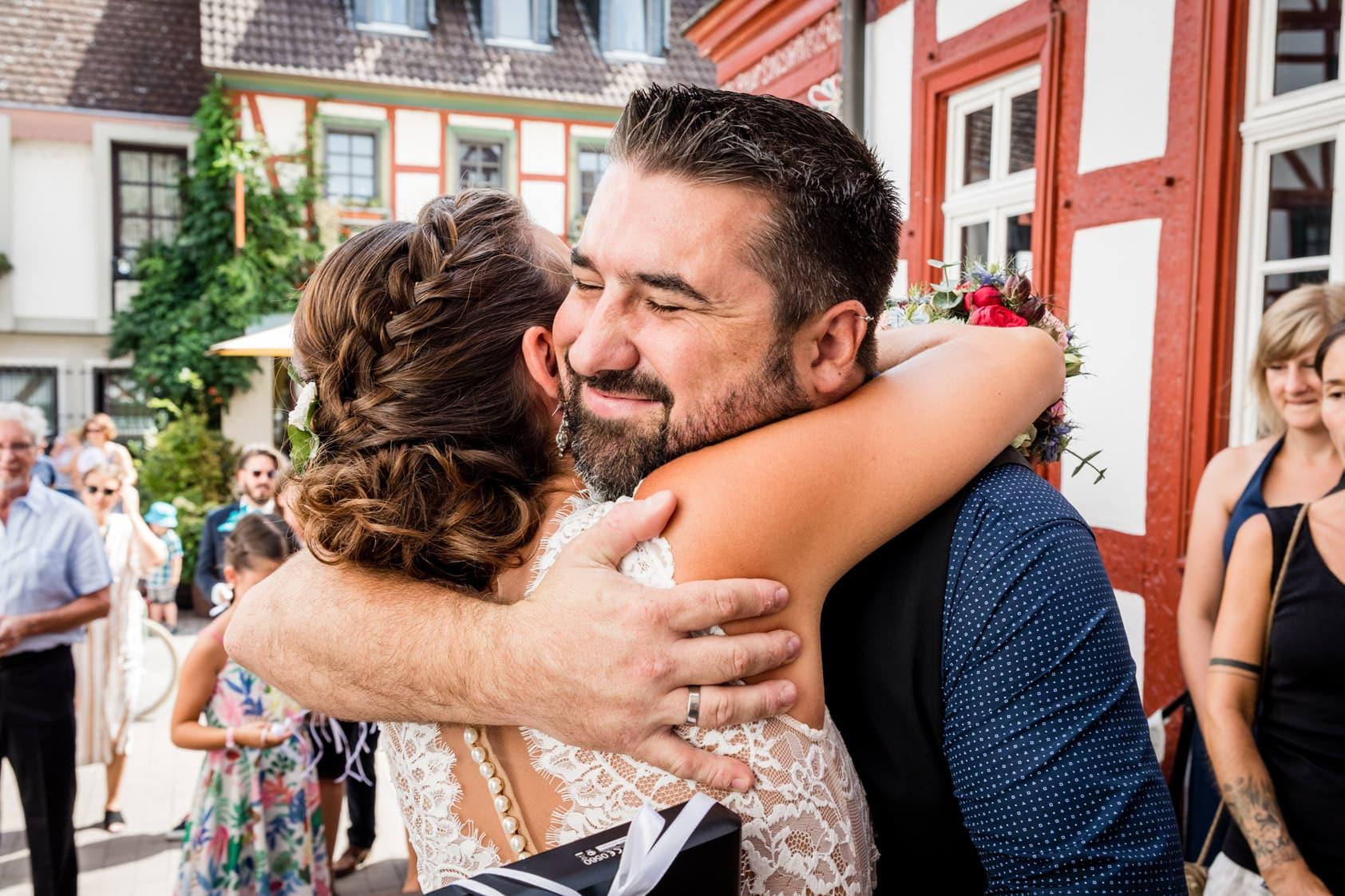 hochzeitsfotograf-darmstadt-mainz-wiesbaden-standesamt-grossgerau-vintage-boho-doityourself-wedding-heiraten-fotograf-catering